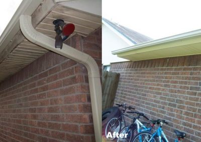 cleaning-mold-mildew-and-algae-from-eaves-soffit-corpus-christi-2