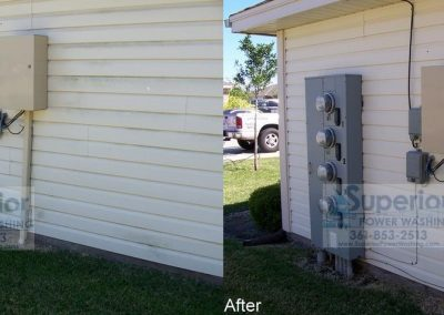 cleaning-mold-mildew-and-algae-on-vinyl-siding-townhouse-corpus-christi-2
