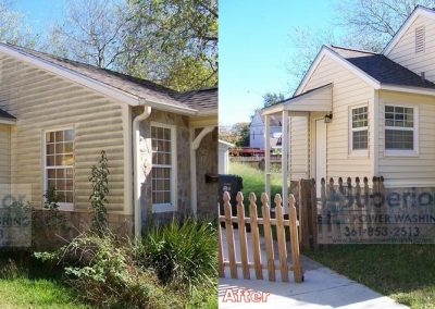 house-washing-in-corpus-christi-vinyl-siding-1
